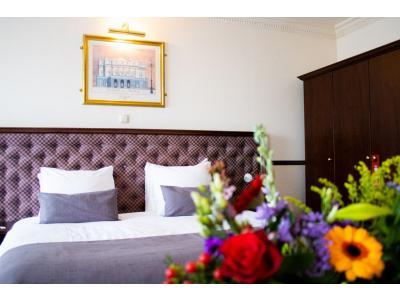 Suite bed (2).jpg